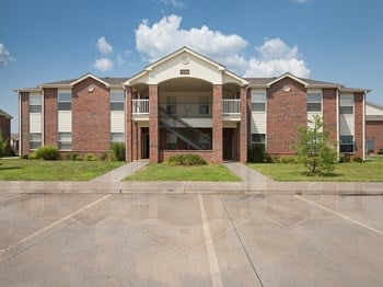 15319 Grand Summit Ext. 1-2 Beds Apartment for Rent Photo Gallery 1